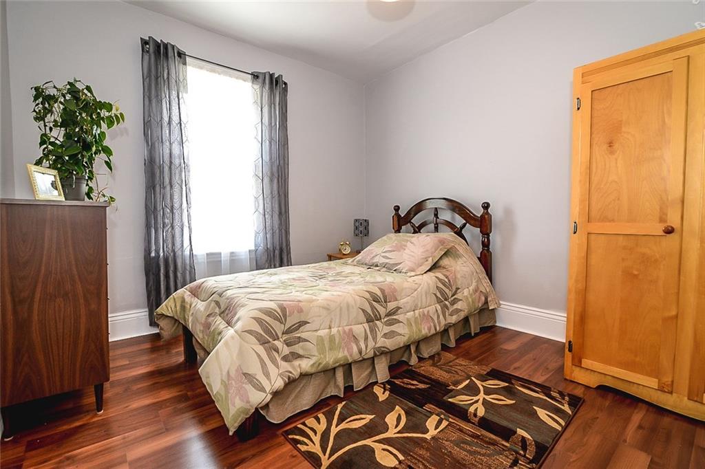 47 SOMERSET Avenue - Master Bedroom