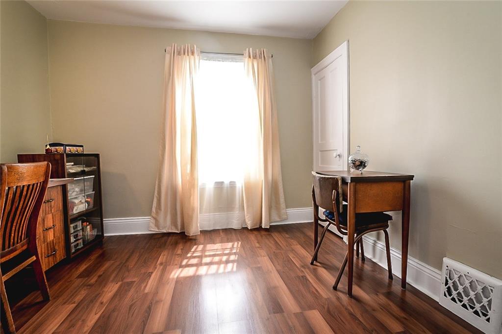 47 SOMERSET Avenue - Bedroom
