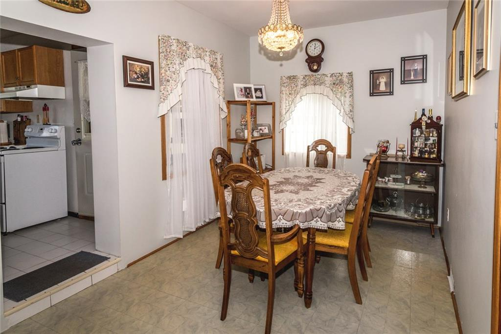 47 SOMERSET Avenue - Dining Room