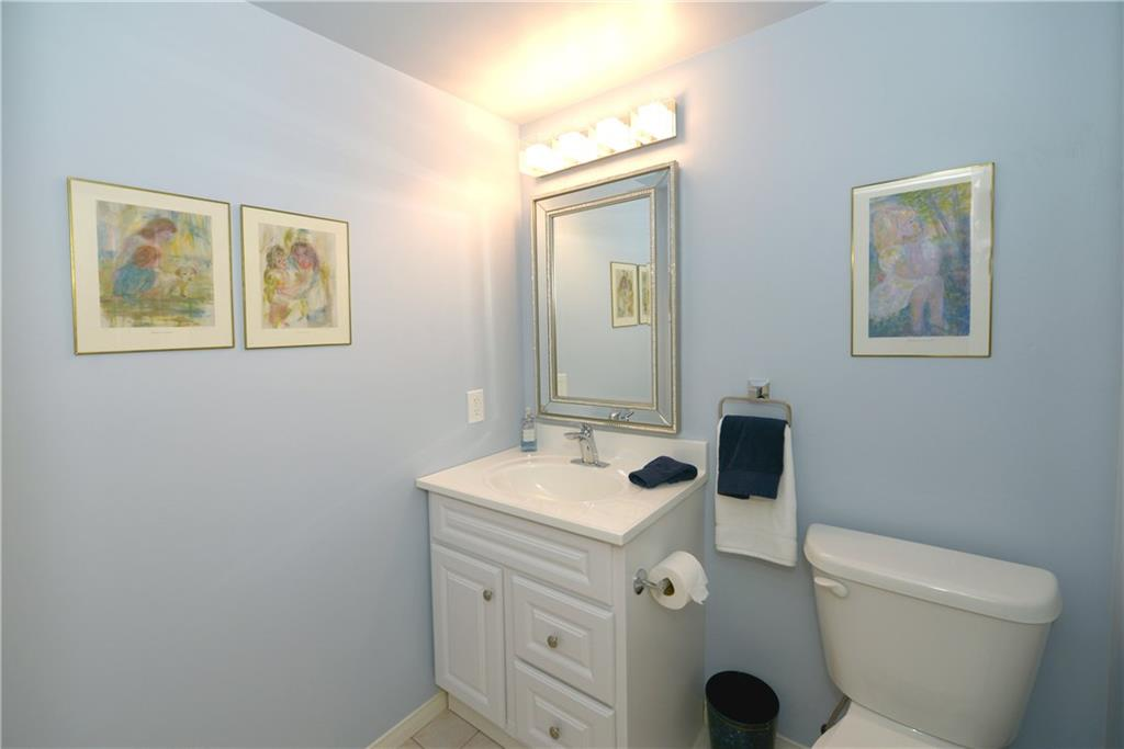 407-3497 UPPER MIDDLE Road -