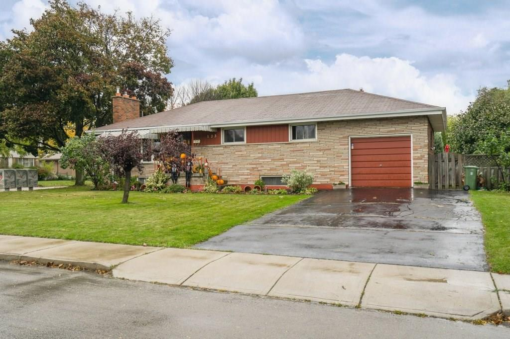 Photo of: MLS# H4039577 123 WISE Crescent, Hamilton |ListingID=1445