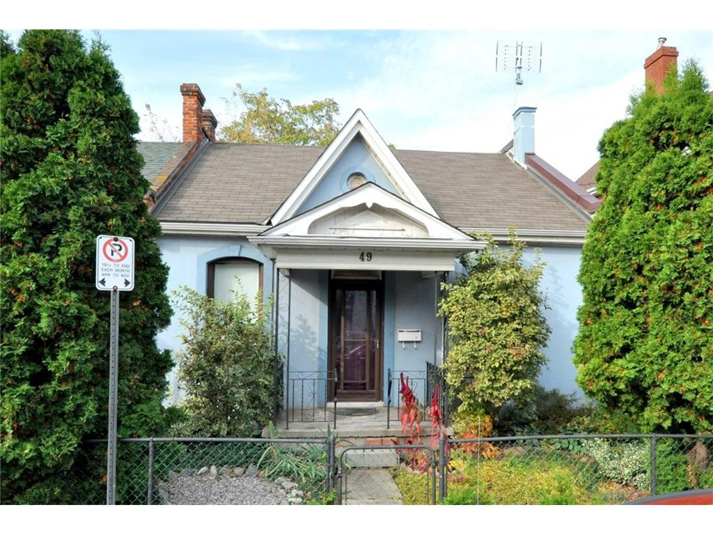 Photo of: MLS# H4006837 49 WILLIAM Street, Hamilton |ListingID=359